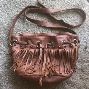 Tylie Malibu Brown leather Fringe bag.🍂